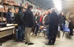 Visite d'étudiants américains au local Carnot de la JPGF à Villiers le Bel (Val d'Oise) le 8 janvier 2015, dans le cadre d'animations pédagogiques